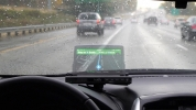 Aracınıza head-up display ekleyin: Hudly Wireless