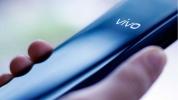 Vivo, iQOO tanıtımında katlanabilir telefon sunacak!