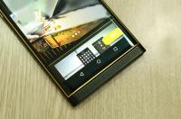 Altın Blackberry Priv Göründü!