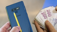 Galaxy Note 9'a zam geldi! iPhone X'i geçti!