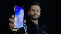 Samsung Galaxy S10e ön inceleme (Video)