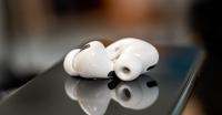 Apple kulak üstü kulaklık geliştiriyor