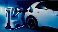 Volkswagen'ın elektrikli araç şarj robotu göründü