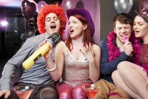 Partilerin yeni eğlencesi: Karaoke