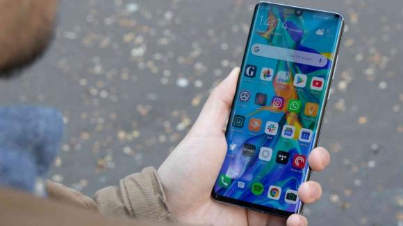 Huawei satışları 2020'de ciddi düşüş yaşayacak