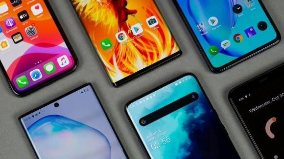 Akıllı telefon satışları 2020'yi nasıl kapatacak? İşte yanıtı