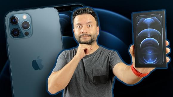 iPhone 12 Pro Max kutusundan çıkıyor!4. Levent'te ilk